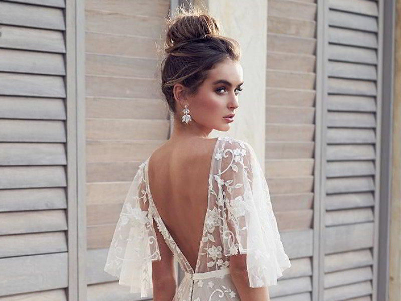 say-yes-to-the-backless-dress